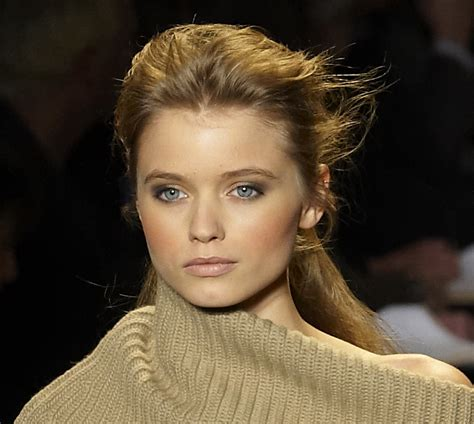 Abbey Lee Kershaw: rélation, fortune, taille, tatouage