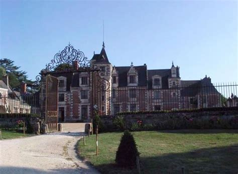 CHATEAU DE JALLANGES: in VOUVRAY, The Loire Valley, a