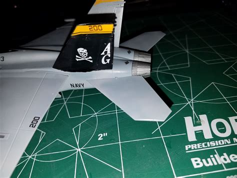 """Review: Academy USN F/A-18 F """"VFA-103 Jolly Rogers"""" 