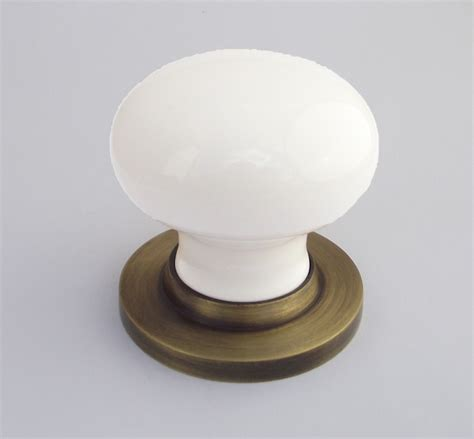 Chatsworth White Porcelain Door Knob from More Handles