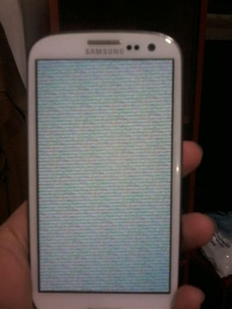 Samsung Galaxy S3 — grey lines screen | AndroidPIT Forum