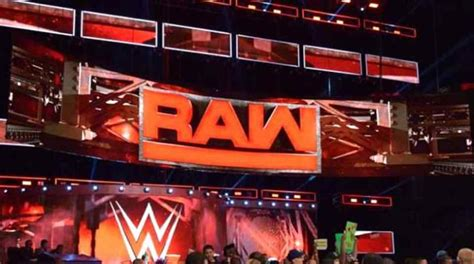 Monday's WWE Raw Viewership Bombs, Lowest Second Hour In