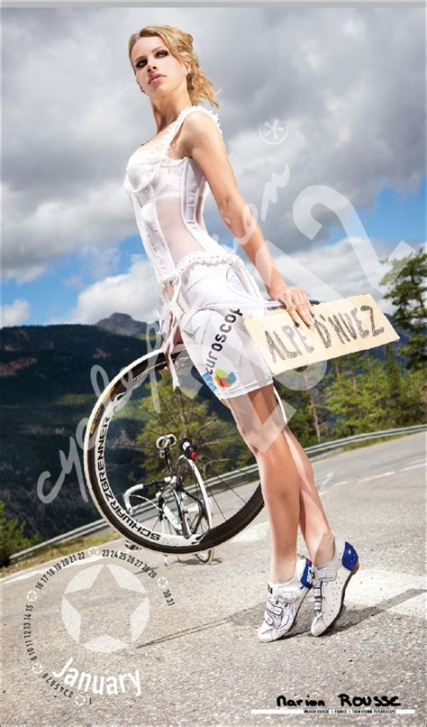 Calendrier Cycle Passion 2012 (mannequins sexy)