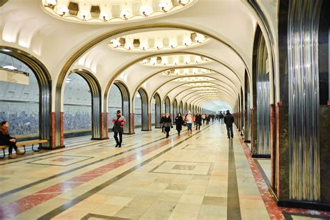 Moscow in a soldier's greatcoat: A walk through military